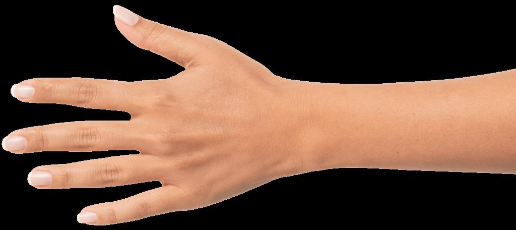 Hellhäutige Hand mit gepflegten Fingernägeln